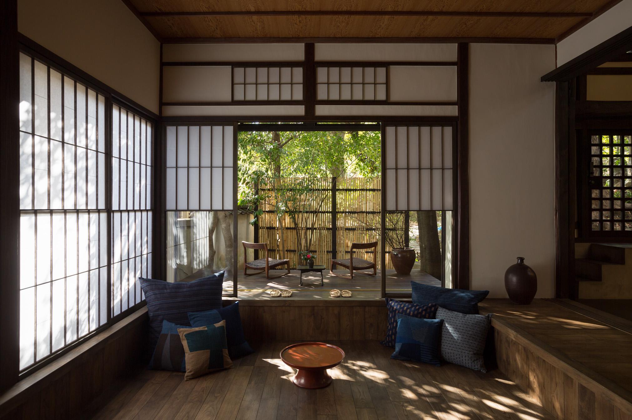 瀬戸内海を望む尾道の一棟貸町家、せとうち 湊のやど「島居邸洋館」〜2周年記念特別プラン