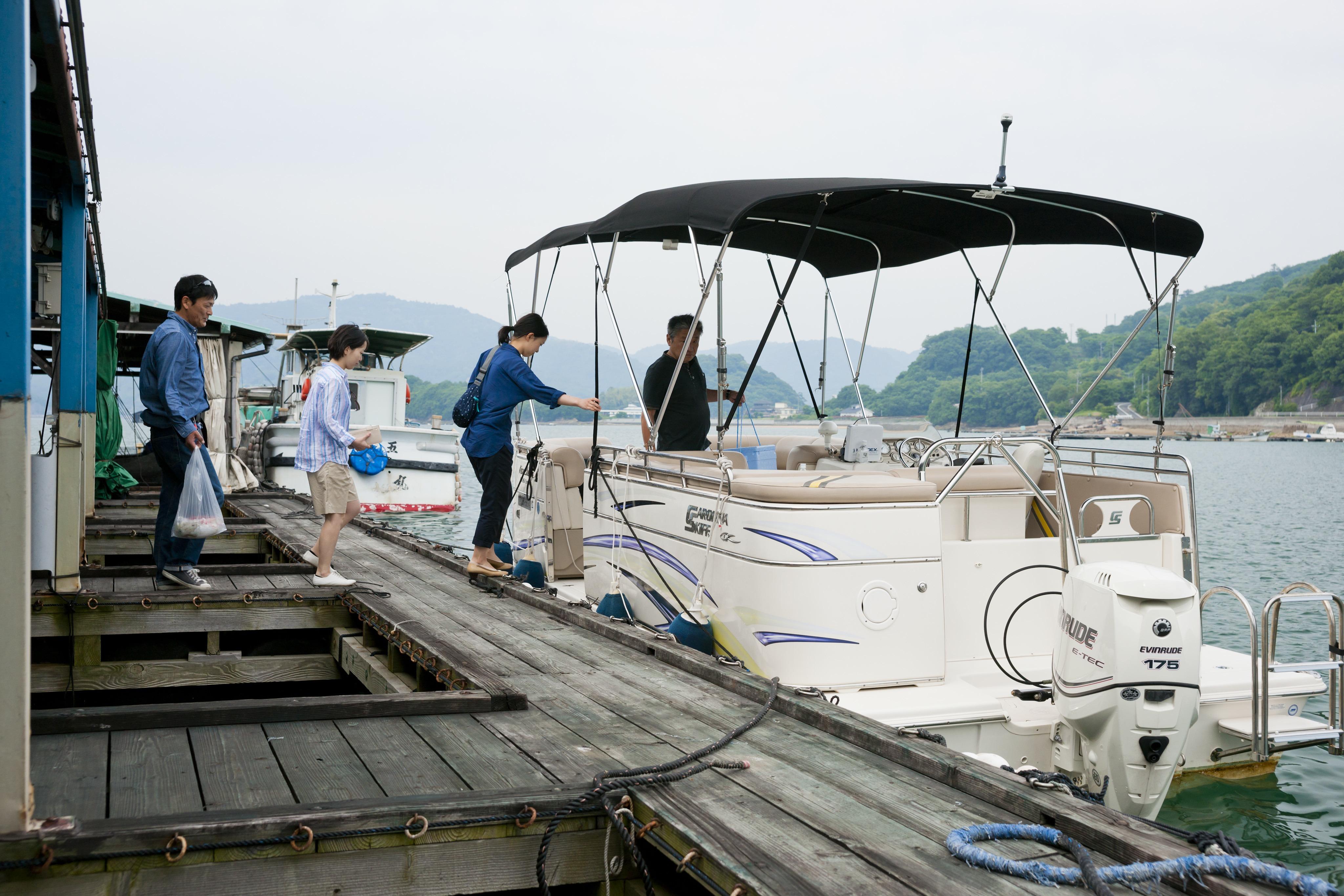 瀬戸内の水上マーケットでお魚を買い付け、尾道の山手に佇む洋館に滞在。夏の瀬戸内へ、特別な体験をする旅にでかけませんか。/せとうち 湊のやど