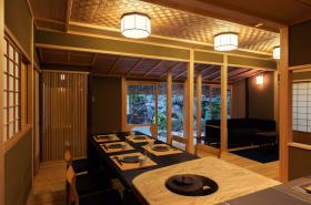 網代天井のダイニングキッチン
